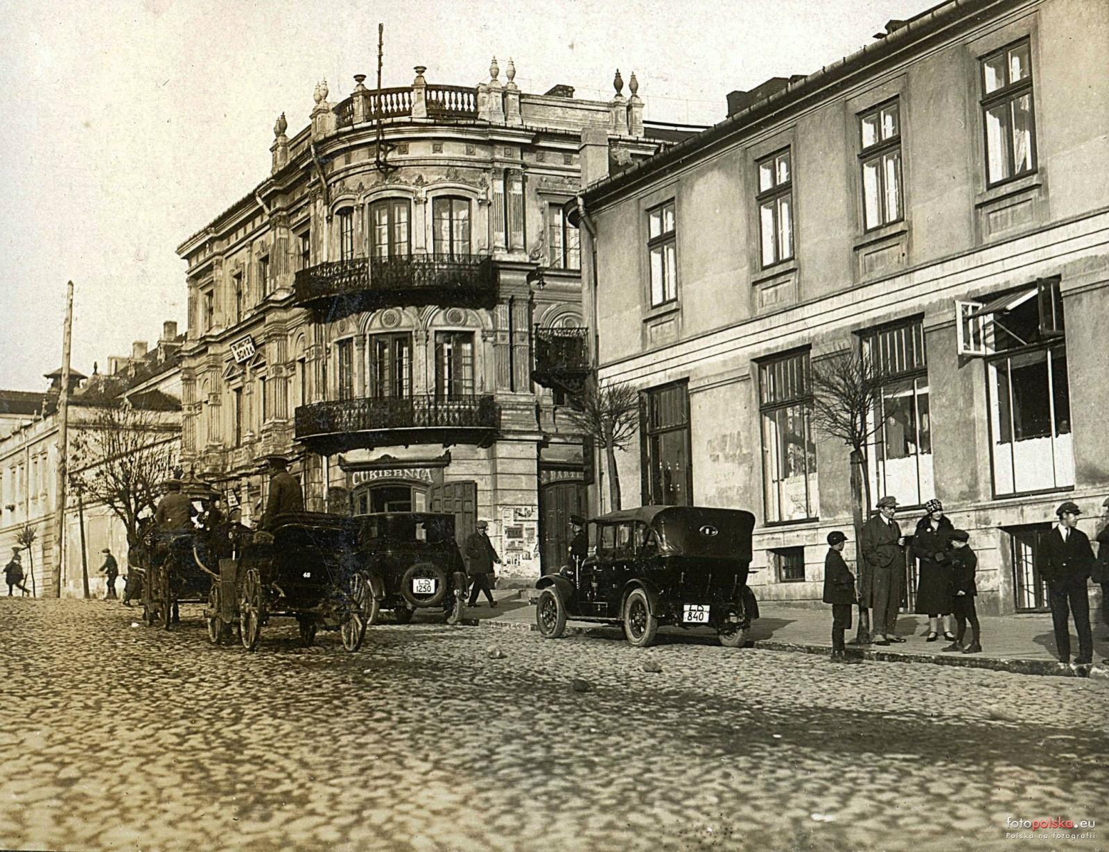 historia kamienicy Plac Kościuszki 7, lokale do wynajęcia, Piotrków Trybunalski, tel. 502 77 40 30